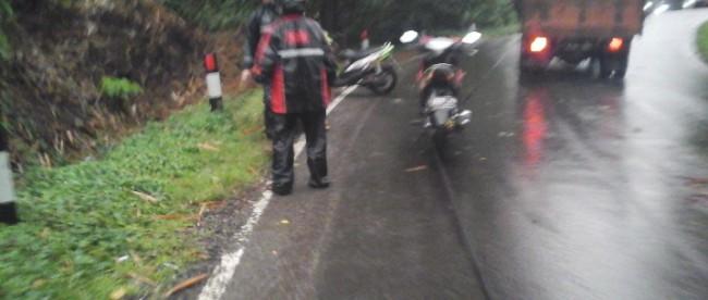 kecelakaan motor akibat kabel PLN