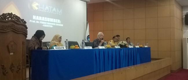 Romo Magnis di seminar khatam