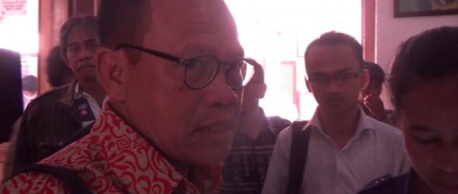 Ketua Yayasan Satu Keadilan (YSK) Sugeng Teguh Santoso saat memberi keterangan kepada Wartawan di Pengadilan Negeri Bogor Selasa 19/1 (dok. KM)