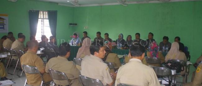 Pertemuan antara Komisi IV DPRD Kabupaten Bogor bersama jajaran Disdik, UPTD Pendidikan dan BKPP Kab. Bogor pada Selasa 12/1 (dok. KM)