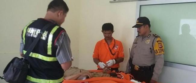 Jenazah PNS yang ditemukan tewas di dalam mobilnya, Selasa 22/2 (dok. KM)