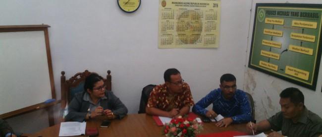 Mediasi antara pihak penggugat dan tergugat dalam perkara Surat Edaran Larangan Asyura oleh Walikota Bogor (dok. Tedi/KM)
