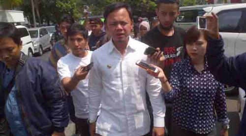 Walikota Bogor Bima Arya saat dipanggil oleh Kejari Bogor untuk diminta keterangannya atas kasus mark up pembebasan lahan Pasar Jambu Dua, September 2015 lalu (dok. liputan6)