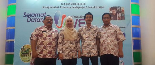 Perwakilan dari BPMPTSP Kabupaten Bogor di Expo Batam IVEC, 12/3 (Dok. KM)
