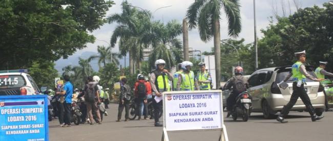 Operasi Simpatik Lodaya 2016 di bilangan Jalan Tegar Beriman, Cibinong (dok. KM)