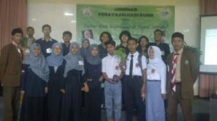 Mahasiswa Kampus Sahid sosialisasikan Hari Bumi pada siswa-siswi SMA di Kabupaten Bogor (dok. KM)