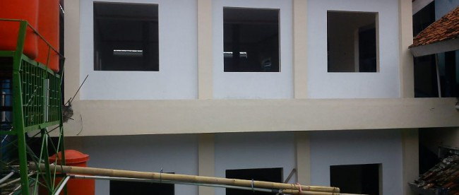 Masjid yang tengah dibangun di SMPN 1 Cianjur. (dok. KM)