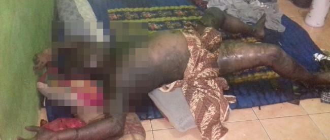 Mayat membusuk yang ditemukan warga Leuwiliang di dalam sebuah kontrakan (dok. KM)