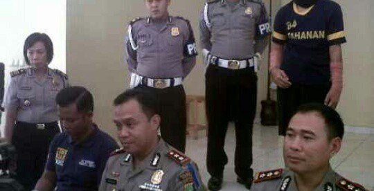Kapolres Depok, Kombes Harry Kurniawan (duduk, tengah) (dok. KM)