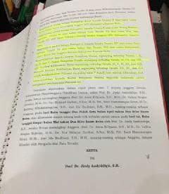 Putusan DKPP dalam kasus tuduhan tidak profesional terhadap KPU Kapuas Hulu, Kalimantan Barat dalam penyelenggaraan pilkada pada 2015 lalu (dok. KM)