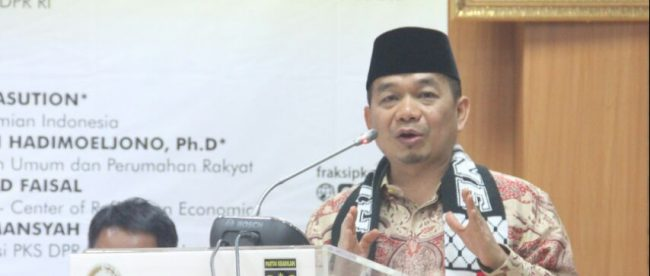 Ketua fraksi PKS di DPR-RI, Jazuli Juwaini (dok. KM)