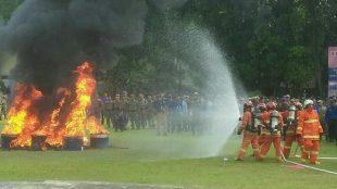 Simulasi Penanganan Dan Penyelamatan Korban Kebakaran Oleh Tim Damkar Depok