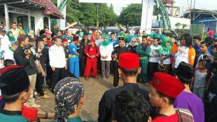Paslon Bupati dan Wakil Bupati Bogor Ade Yasin-Iwan Setiawan kembali gelar Festival Panca Karsa waktu kunjungan ke Bojong Gede, disambut 8 Pendekar Betawi dari sanggar Pabojong, Minggu 15/04/2018 (dok. KM)