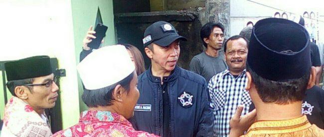 Calon Wakil Walikota Bogor Dedie Rachim Saat Kunjungi Warga Rw 06 Kebon Anggrek Kelurahan Kebon Pedes Kecamatan Tanah Sareal, Kota Bogor, Senin 23/4/2018 (dok. KM)