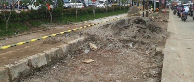 Lokasi penebangan pohon kenari di pinggir Jl. KH. Abdullah bin Nuh, Kota Bogor (dok. KM)