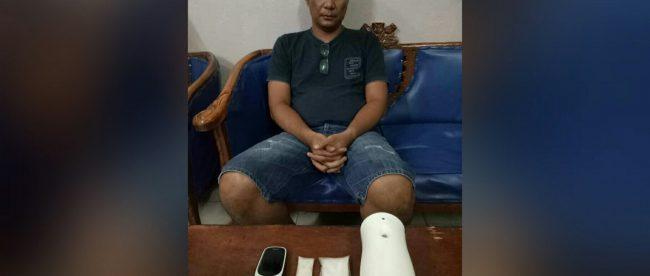 Pengedar sabu-sabu yang dibekuk polisi di Duri, Selasa pagi 22/5 (dok. KM)