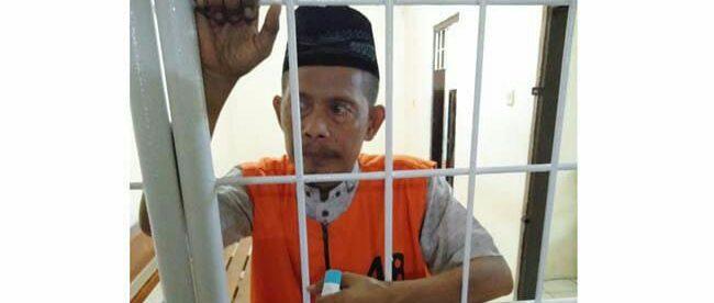 M. Yusuf, wartawan Sinar Pagi Baru tewas di dalam tahanan Polres Kota Baru, Kalimantan Selatan, Minggu, 10 Juni 2018. Almarhum ditangkap karena memberitakan perkebunan sawit milik Andi Syamsuddin Arsyad alias Haji Isam.