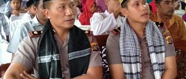 Kapolsek Rantau Peureulak Ipda Naco Triyanto,S.Tr.K (Kanan) bersama Wakapolres Aceh Timur Kompol Apriadi (Kiri) di acara penutupan serangkain Kegiatan memperingati Hut Bhayangkara Ke-72, Selasa 26/6/2018 (dok. KM)