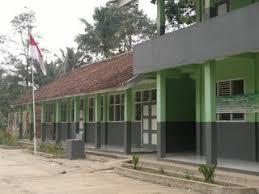 -Haq di Kampung Karamat, Kabupaten Sukabumi (stock)