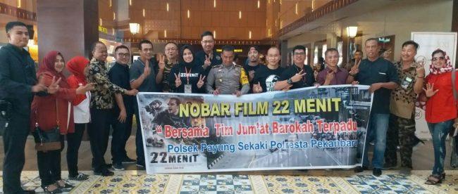 Polresta Pekanbaru gelar nobar film