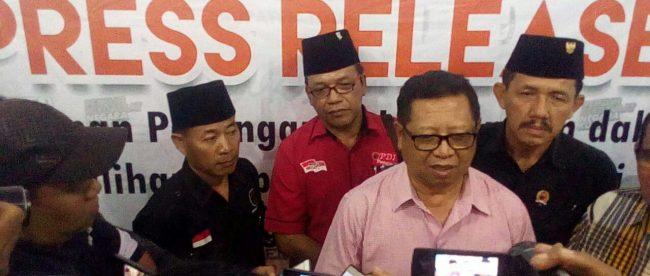 Wakil Bupati Tulungagung terpilih Maryoto memberikan keterangan pers usai rapat pleno KPU Tulungagung, Selasa 24/7 (dok. KM)