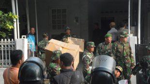 Penertiban rumah dinas TNI di kawasan Sempur, Kota bogor, Rabu 25/7/2018 (dok.KM)