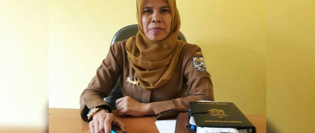 Pjs Kades Makmur, Kecamatan Pangkalan Kerinci, Pelalawan, Riau, Normalina Ibrahim (dok. KM)