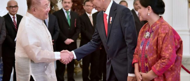 Presiden Joko Widodo menerima surat kepercayaan dari Dubes negara sahabat di Istana Merdeka, Jakarta, Senin 13/8/2018 (dok. KM)