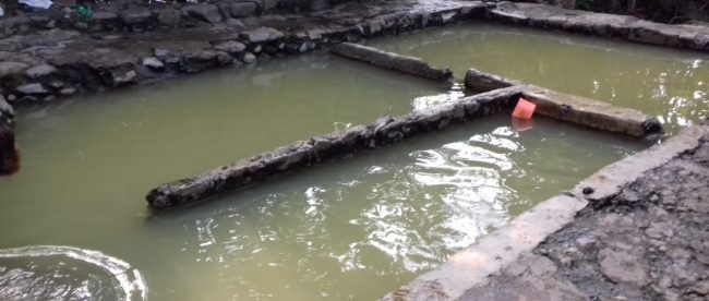 Pemandian air panas di Kp. Tarik Kolot, Desa Gunung Malang, Tenjolaya (dok. KM)