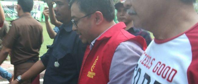 Direktur Umum PD PPJ Kota Bogor, DS Saat Ditetapkan Menjadi Tersangka Oleh Kejari Kota Bogor (dok. KM)