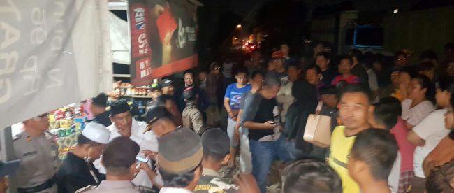 Aksi protes wargsa Kp. Kelapa Ciung, Desa Lumpang, Parung Panjang, Jumat 21/9/2018 (dok. KM)
