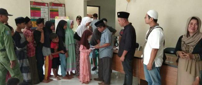 Koperasi batik di Desa Lumpang, Kecamatan Parung Panjang, santuni anak yatim, Minggu 23/9 (dok. KM)