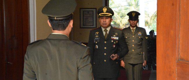 Danrem 061/SK Kolonel Inf Mohamad Hasan dalam Upacara Peringatan Kesaktian Pancasila, Senin 1/10 (dok. KM)