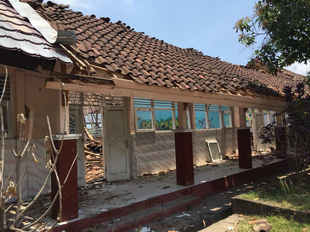 Bangunan sekolah yang rusak akibat bencana gempa di Lombok (dok. KM)
