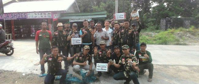 Anggota ormas BBRP saat menggalang dana bantuan korban gempa Sulteng di Bogor, Sabtu 6/10 (dok. KM)