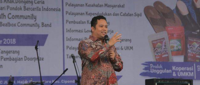 Walikota Tangerang Arief Wismansyah memberikan sambutan pada pembukaan Pameran Koperasi dan UKM di Cipondoh, Tangerang, 18/10/2018 (dok. KM)
