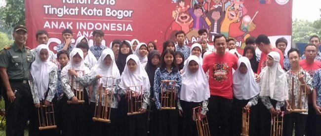 Walikota Bogor turut memperingati Hari Anak Nasional di Sempur, Bogor, Rabu 31/10 (dok. KM)