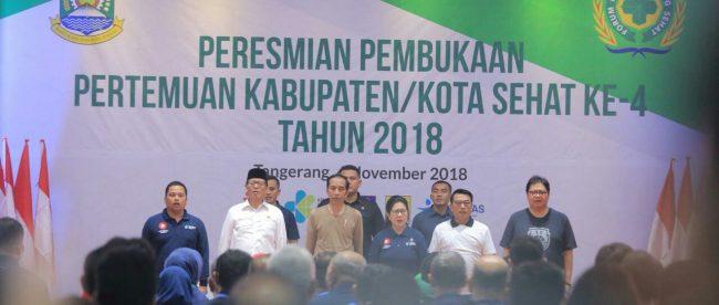 Presiden RI Joko Widodo membuka seminar Kota Sehat di Ruang Al Amanah, Pusat Pemerintahan Kota Tangerang, Minggu 4/11/2018 (dok. KM)