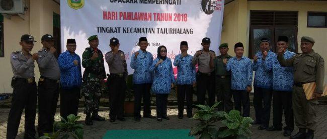 Camat Tajurhalang beserta undangan sesaat setelah upacara Hari Pahlawan, 10/11/2018 (dok. KM)