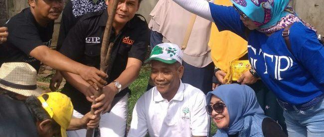 Giat Tanam Pohon GTP ke-195 di Perumahan Taman Yasmin Sektor 5, Kelurahan Curug Mekar, Kecamatan Bogor Barat, Kota Bogor 11/11/2018 (dok.KM)