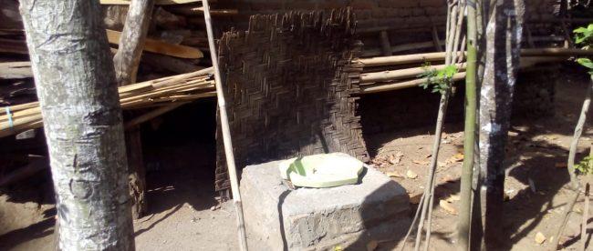 Salah satu WC yang dibangun untuk warga kurang mampu di Desa Ngulanwetan, Kabupaten Trenggalek (dok. KM)
