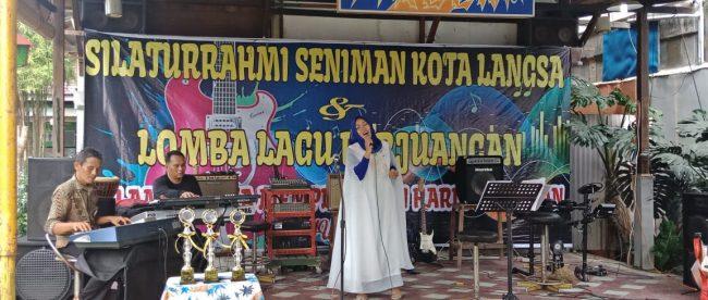 Kegiatan Forum Seniman Kota Langsa di Stroom Cafe, Minggu 11/11/2018 (dok. KM)