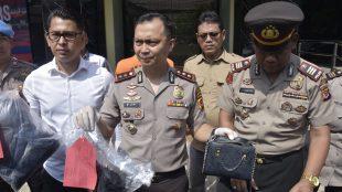 Kapolres Bogor AKBP M. Joni mengungkap kasus penganiayaan hingga tewas terhadap seorang wanita PSK di Desa Cipayung, Megamendung (dok. KM)