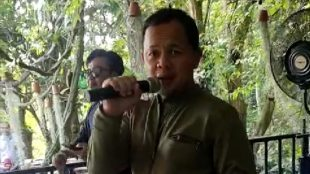 Tangkapan dari video Bima Arya sedang bernyanyi yang viral (dok. KM)