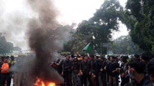 Aksi Menolak UU Omnibus Law Di Depan Istana Kepresidenan Bogor, Rabu 7/10/2020 (dok. KM)