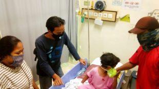 Bocah penderita DBD dari keluarga kurang mampu di sebuah RS di Depok (dok. KM)