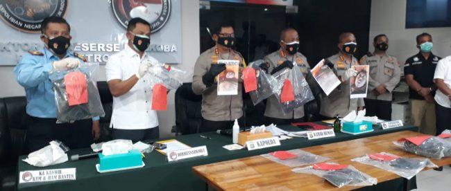 Kapolda Metro Jaya Irjen Nana Sudjana saat menggelar konpers soal terpidana mati napi kasus narkoba asal China, Cai Changpan alias Cai Ji Fan yang ditemukan tewas bunuh diri di hutan Jasinga, Senin siang 19/10/2020 (Dok. Hari Setiawan Muhammad Yasin/KM)