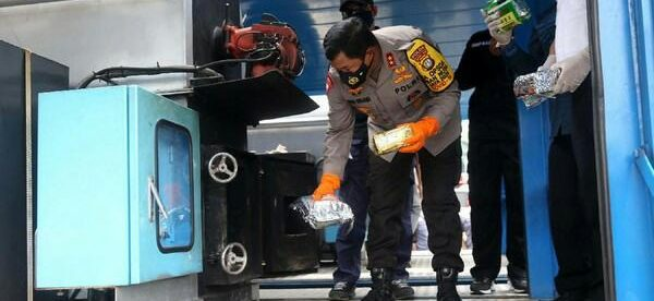 Kapolda Metro Jaya Irjen Nana Sudjana pimpin pemusnahan barang bukti narkoba di Lapangan Promoter Polda Metro Jaya, Kamis pagi 12/11/2020 (dok. Hari Setiawan Muhammad Yasin/KM)