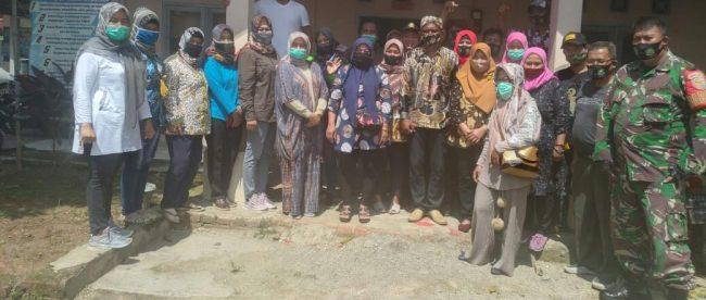 Sosialisasi dan verifikasi Desa Bebas BAB Sembarangan atau ODF di aula kantor Desa Kosambi, Kecamatan Cipunagara, Jumat 13/11/2020 (dok. KM)