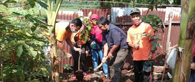 Giat Tanam Pohon GTP ke-248 di Kelurahan Babakan, Kecamatan Bogor Tengah, Kota Bogor (dok. KM)